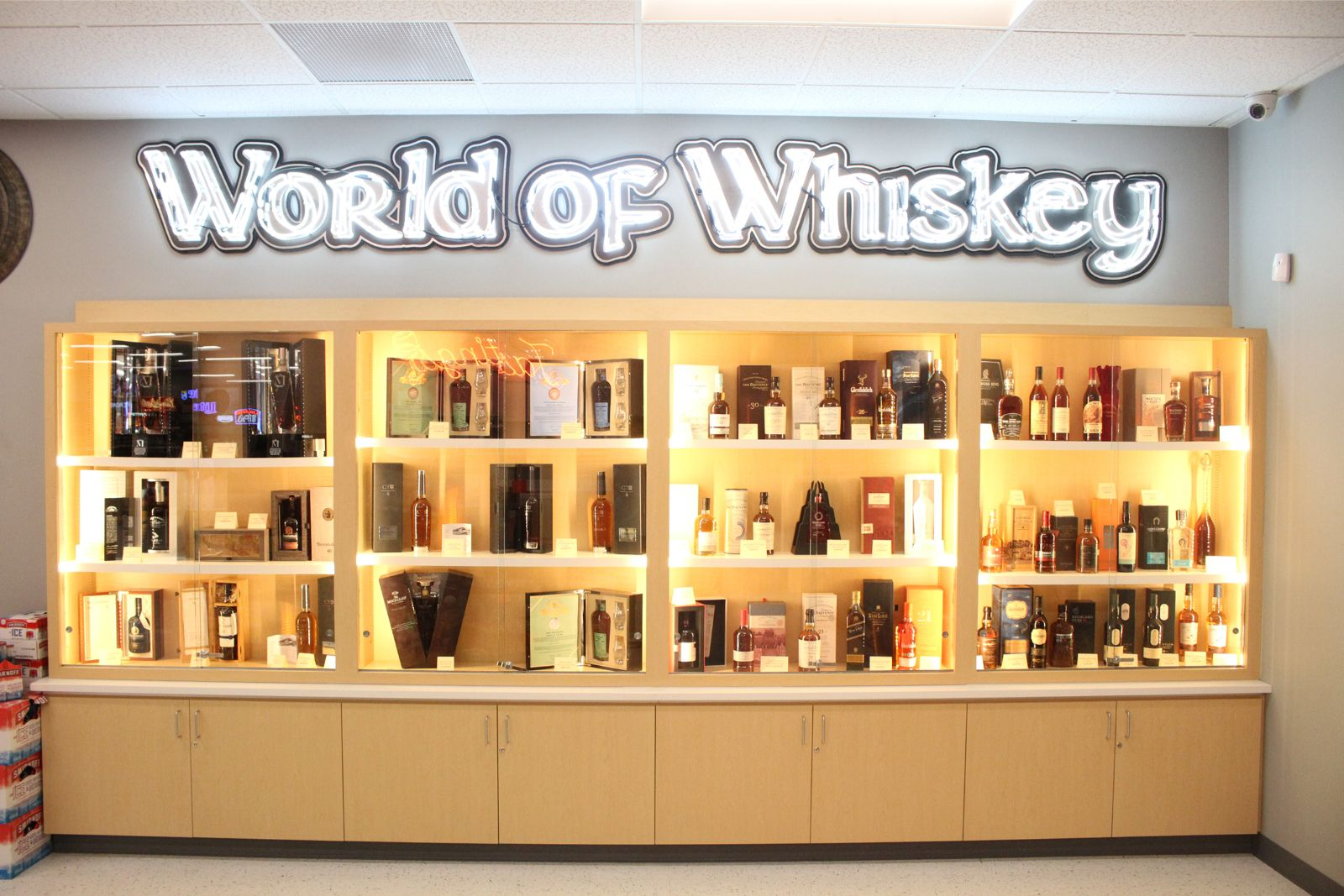 R & J Discount Liquor World of Whiskey